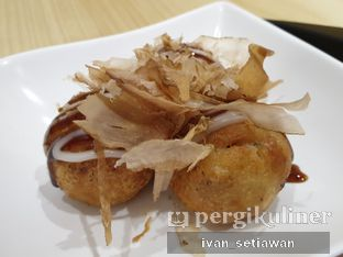 Foto 2 - Makanan(Fried Takoyaki) di Sugakiya oleh Ivan Setiawan