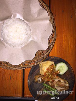 Foto 9 - Makanan(Ayam Goang + Nasi) di Ayam Goreng Nelongso oleh #alongnyampah