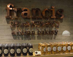 Foto 7 - Interior di Francis Artisan Bakery oleh IG: FOODIOZ
