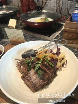 Foto review Pacific Restaurant and Lounge (PASOLA) - The Ritz Carlton Pacific Place oleh Hungry Mommy 4