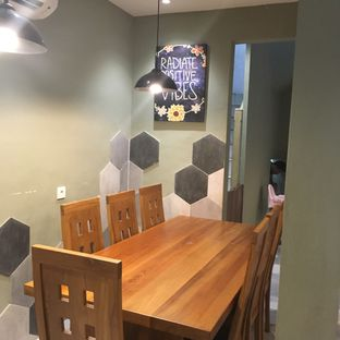 Foto 11 - Interior di Sister Grounds Coffee & Eatery oleh Lydia Adisuwignjo