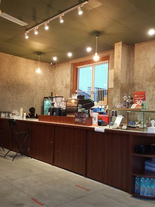 Foto 10 - Interior di Roast Coffee oleh Stallone Tjia (@Stallonation)