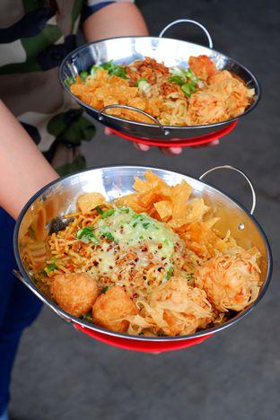 Foto 4 - Makanan di Oseng Mie Jontor oleh Hendry Jonathan