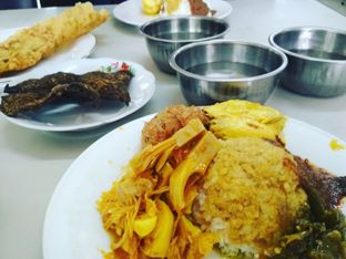 Foto 1 - Makanan di RM Karya Bundo oleh Wimpy & Pu3 @pangananwuenak