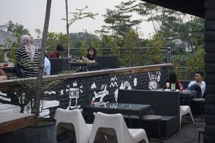 Foto 11 - Interior di Level 03 Rooftop & Grill by Two Stories oleh yudistira ishak abrar