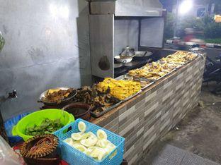 Foto 5 - Makanan di Bebek Petemon oleh Amrinayu