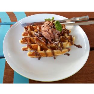 Foto - Makanan(Banana Nutella Waffle) di Many Pany Pancake & Waffle oleh melisa_10