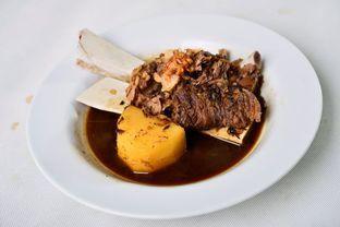 Foto - Makanan(semur iga) di Batavia Cafe oleh abifandini