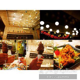 Foto - Makanan(Matcha Ice Cream, Chocolate Ice Cream, Combination Ice Cream, Chicken Karaage) di Shirayuki Desserts oleh Yummy Eats
