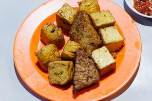 Foto 3 - Makanan di Nasi Uduk Kota Intan (Aweng) oleh Indra Mulia