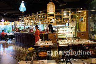 Foto 18 - Interior di Co'm Ngon oleh Darsehsri Handayani
