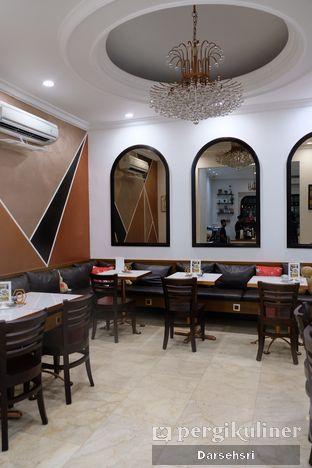 Foto 8 - Interior di O'delice Cafe oleh Darsehsri Handayani