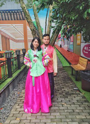Foto review Chingu Korean Fan Cafe oleh Astrid Huang 19