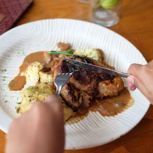Foto 6 - Makanan di The Bamboo Restaurant - Novus Giri oleh @anakicipicip