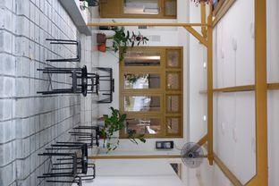 Foto 14 - Interior di Saksama Coffee oleh yudistira ishak abrar