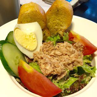 Foto 4 - Makanan(Tuna Salad) di Delico oleh Magdalena Fridawati