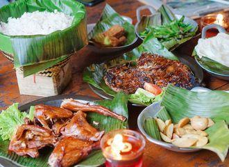 6 Rumah Makan Sunda di Bandung Paling Enak & Mantul