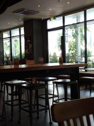 Foto 3 - Interior di Starbucks Coffee oleh Eunice