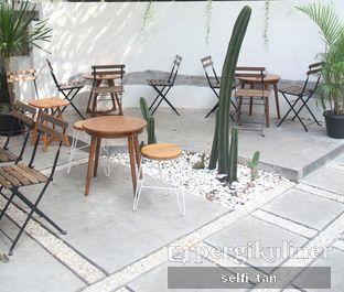 Foto 2 - Interior di Manakala Coffee oleh Selfi Tan