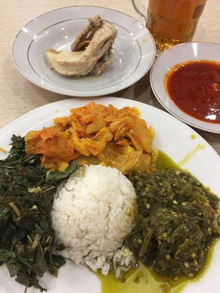 Foto 1 - Makanan di Restoran Sederhana oleh Theodora