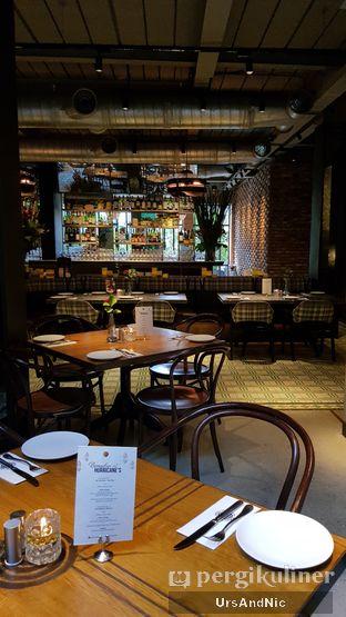 Foto 7 - Interior di Hurricane's Grill oleh UrsAndNic