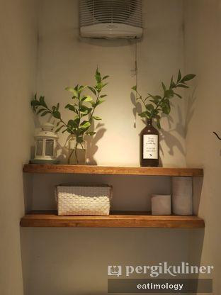Foto 9 - Interior di Pigeon Hole Coffee oleh EATIMOLOGY Rafika & Alfin