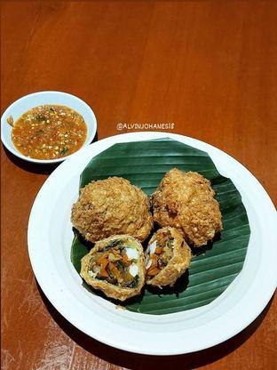 Foto 2 - Makanan(Tahu Isi) di Live Seafood Cabe Ijo oleh Alvin Johanes