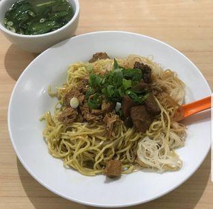 Foto 1 - Makanan di Bakmie Aloi oleh The Fat Deers