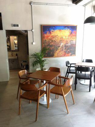 Foto 6 - Interior di Kapyc Coffee & Roastery oleh Prido ZH