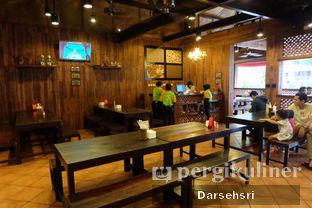 Foto 14 - Interior di Bebek Malio oleh Darsehsri Handayani