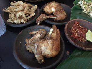 Foto 3 - Makanan di Waroeng SS oleh Theodora