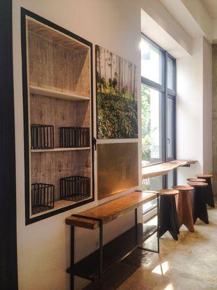 Foto 2 - Interior di Crematology Coffee Roasters oleh Annisa Putri Nur Bahri