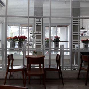 Foto 4 - Interior di Clea Tea Bar and Lounge oleh Reviera