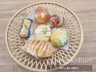 Foto 2 - Makanan di Rokue Snack oleh UrsAndNic