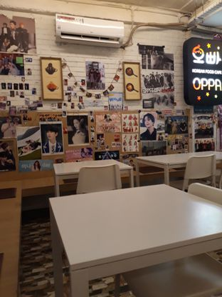 Foto 8 - Interior di Oppa Korean Food Cafe oleh Mouthgasm.jkt