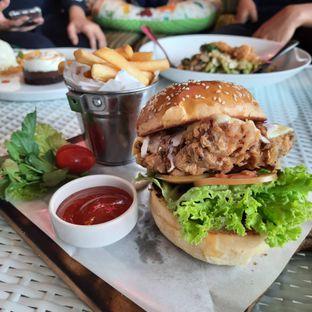 Foto review Nicole's Kitchen & Lounge oleh Pria Lemak Jenuh 1