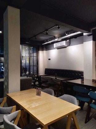 Foto 8 - Interior di Dopamine Coffee & Tea oleh Erika  Amandasari