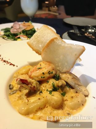 Foto review Libris Restaurant and Bar oleh Hungry Mommy 2