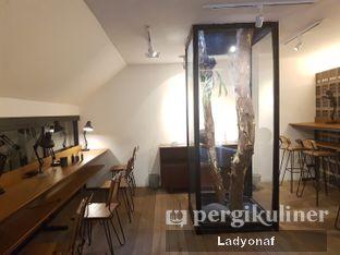 Foto 6 - Interior di Contrast Coffee oleh Ladyonaf @placetogoandeat