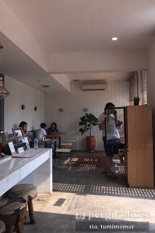 Foto 4 - Interior di Woodpecker Coffee oleh riamrt