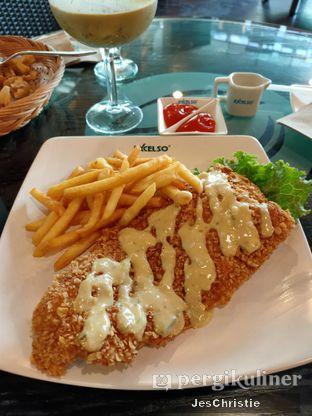 Foto 1 - Makanan(Dory En Oats) di Excelso oleh JC Wen