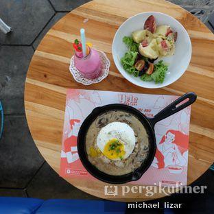 Foto 2 - Makanan di Yelo Eatery oleh Michael Lizar