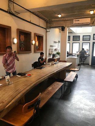 Foto 4 - Interior di Koultoura Coffee oleh ig: @andriselly