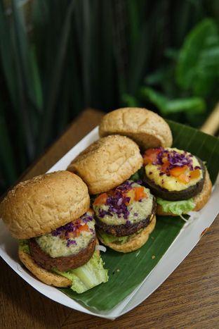 Foto 2 - Makanan di Burgreens Express oleh Kevin Leonardi @makancengli