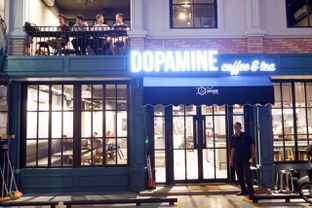 Foto 10 - Interior di Dopamine Coffee & Tea oleh yudistira ishak abrar