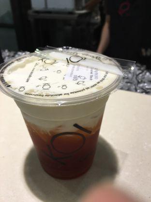 Foto - Makanan(Caramel Black Tea Macchiato) di KOI Cafe oleh Kevin Suryadi