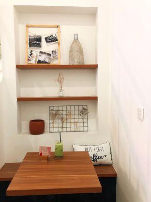 Foto 3 - Interior di Ruach Coffee oleh kdsct
