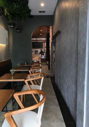 Foto 10 - Interior di Mangota Coffee oleh yudistira ishak abrar