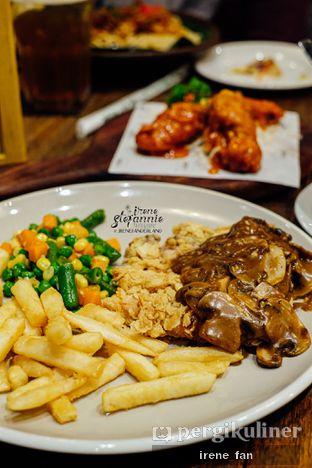 Foto 6 - Makanan di The People's Cafe oleh Irene Stefannie @_irenefanderland