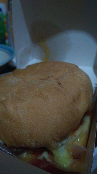 Foto 1 - Makanan di Blenger Burger oleh Joshua Theo